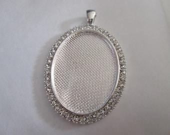 a pretty Silver Pendant with Rhinestone support(medium) cabochon 30 x 40 mm