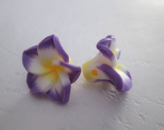 2 Purple and white 15mm polymer clay flower beads