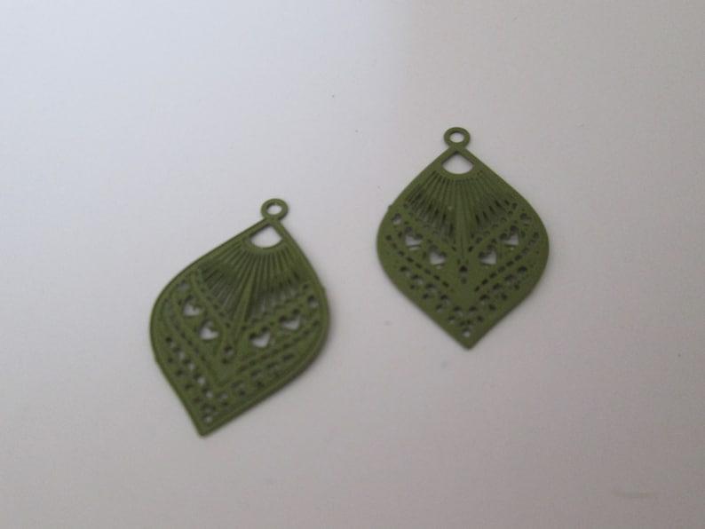 drop 2 prints khaki green 25 x 16 mm