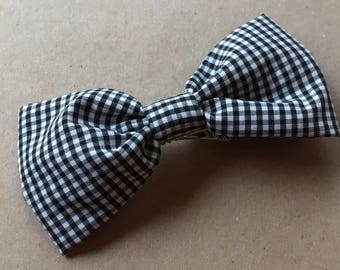 Black and white fabric big bow clips