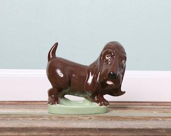 SALE Vintage Ceramic Basset Hound-Basset Dog Soap Dish-Ceramic Pottery Dog-Dog Lovers-Collectable Vintage Dog-Sad Sam-Samual Dog