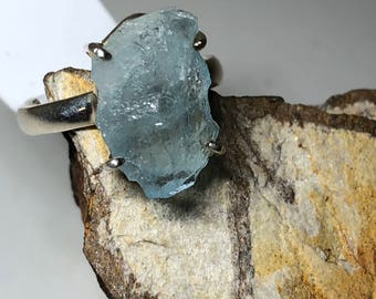 Raw rough aquamarine on sterling silver ring size 9.5