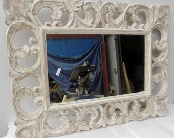 Mirror intaled wood and seasoned cm 60x80 white pickled classic model