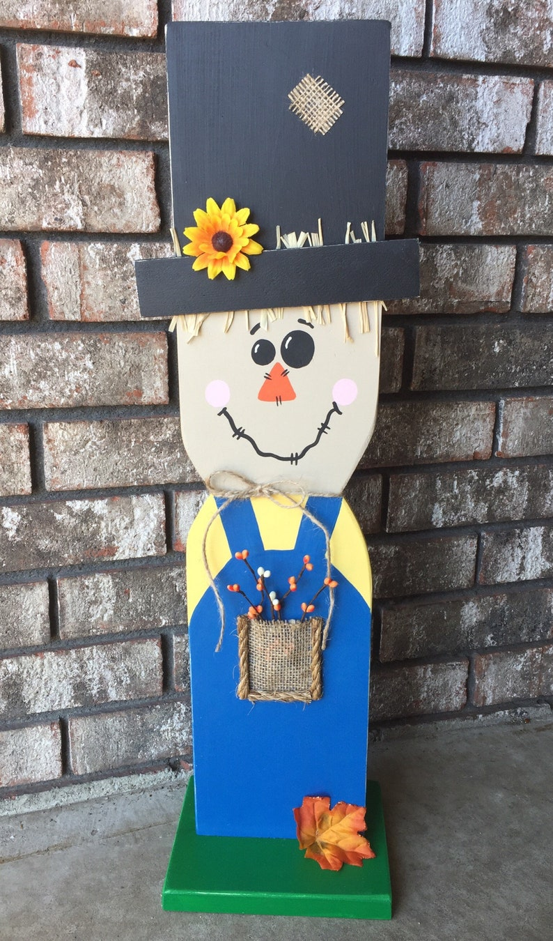 Tall Wooden Scarecrow With Stand Fall Wooden Scarecrow Scarecrow Sign Fall Decor Halloween Decor Thanksgiving Decor Home Decor