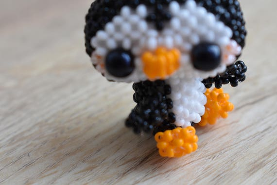 Easy patterns, easy tutorial, keychains pattern penguin pattern penguin  tutorial, bird pattern, bird pdf, 3d bead patterns, beading patterns
