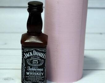 Mold bottle whiskey