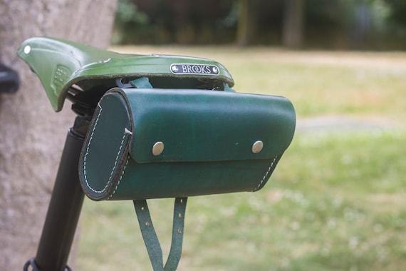 Leather Saddle Bag For Bike BOTTLE GREEN Limited Edition by London Craftwork L20
