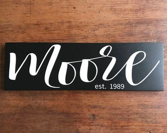 Family Name Sign, Last Name Sign, Wood Name Sign, Family Established Wood Sign, Anniversary Gift, Wedding Gift, Housewarming Gift