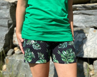 SHORT for women - Green foliage on black background