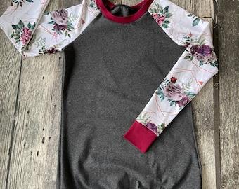 Charcoal and burgundy tunic with flowers - raglan model