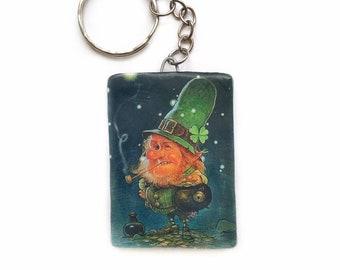 Leprechaun gnome keychain Good luck gift Shamrock charm Irish good luck  charm Patrick day Leprechaun figurine Polymer clay keychain gift 282829cda1