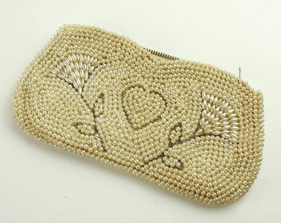 Vintage Beaded Purse / La Regale Pearl Clutch