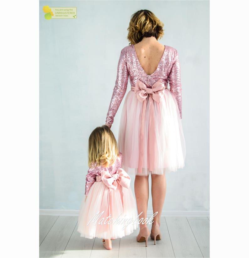 aeb27235627c9f Maman et moi rose mère fille assortie robes tenues, Sequin robes maman bébé  rose Tutu robes de soirée, tenues assorties cadeau assortis