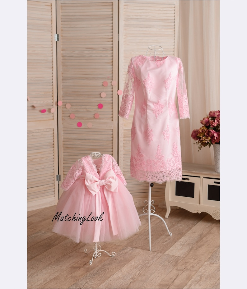 cc0085627bb5 Pink Mother daughter matching dress Mommy and Me outfits