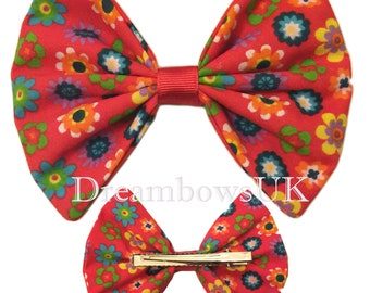 Large red floral fabric hair bow on alligator clip, Girls large hair accessory bows, Han hair accessories UK, Floral cotton hair bow