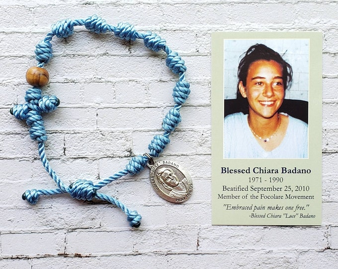 Blessed Chiara Badano Twine Knotted Rosary Bracelet - with medal & prayer card