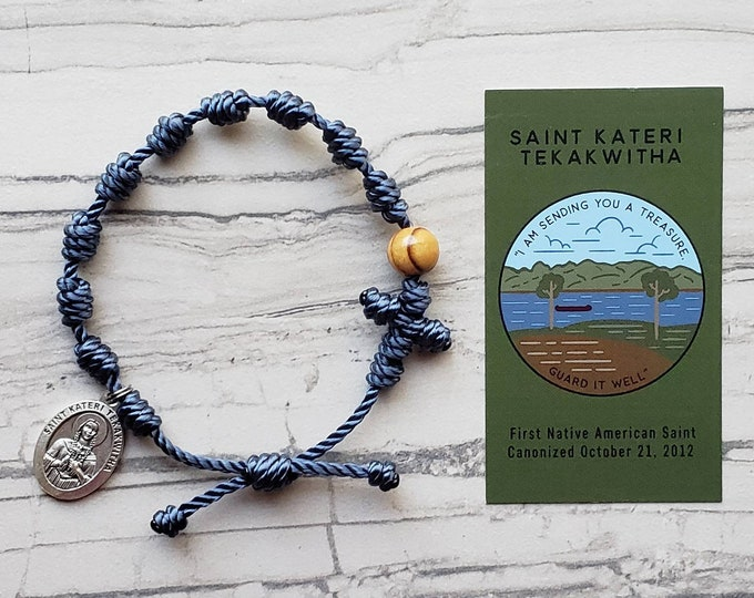 Saint Kateri Tekakwitha RosaryBracelet - with medal and prayer card