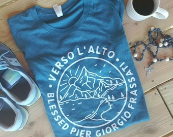 Verso L'Alto- Blessed Pier Giorgio Frassati Unisex T-Shirt