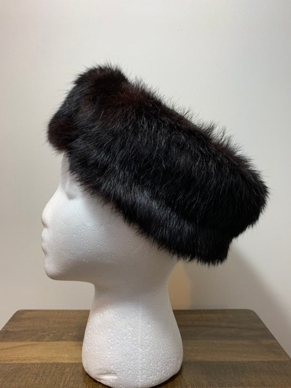 1960 s Rabbit Fur Trimmed Pillbox Hat  e496d37efb96