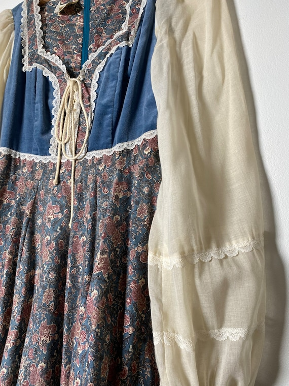 1970's Prairie Child Print Gunne Sax Dress - image 7