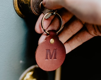 Custom Leather Circle Keychain. Monogrammed Personalized Full Grain Leather Keychain. Made In USA. Silver/Gold Foil Options. Classy Keyring