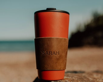 Custom Leather Pint Glass Sleeve. Personalized Leather Wrap. Personalized Drink Wrap. Monogrammed Drink Sleeve. Personalized Coffee Sleeve.