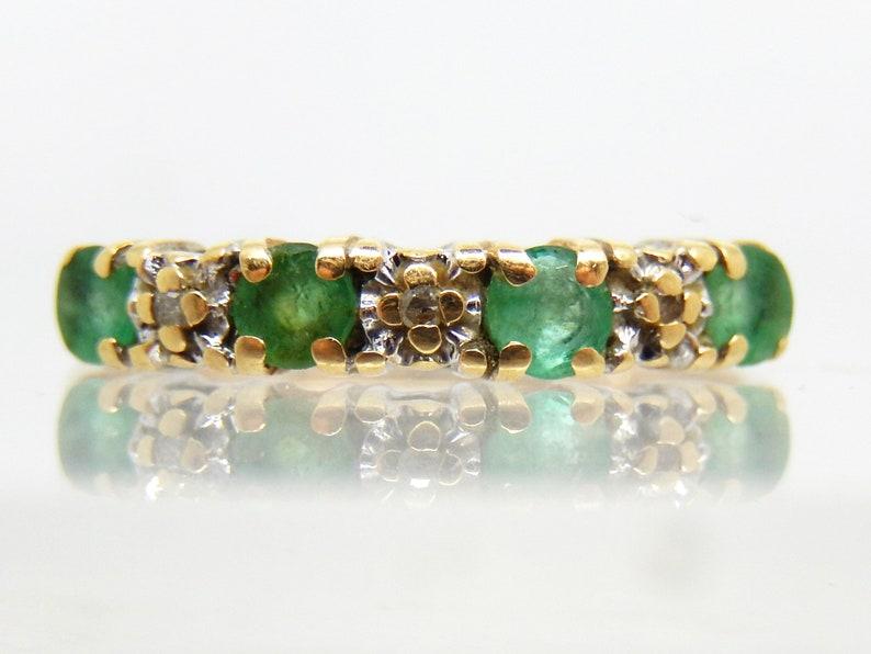 X5105 14k Yellow Gold Estate Emerald Diamond Band