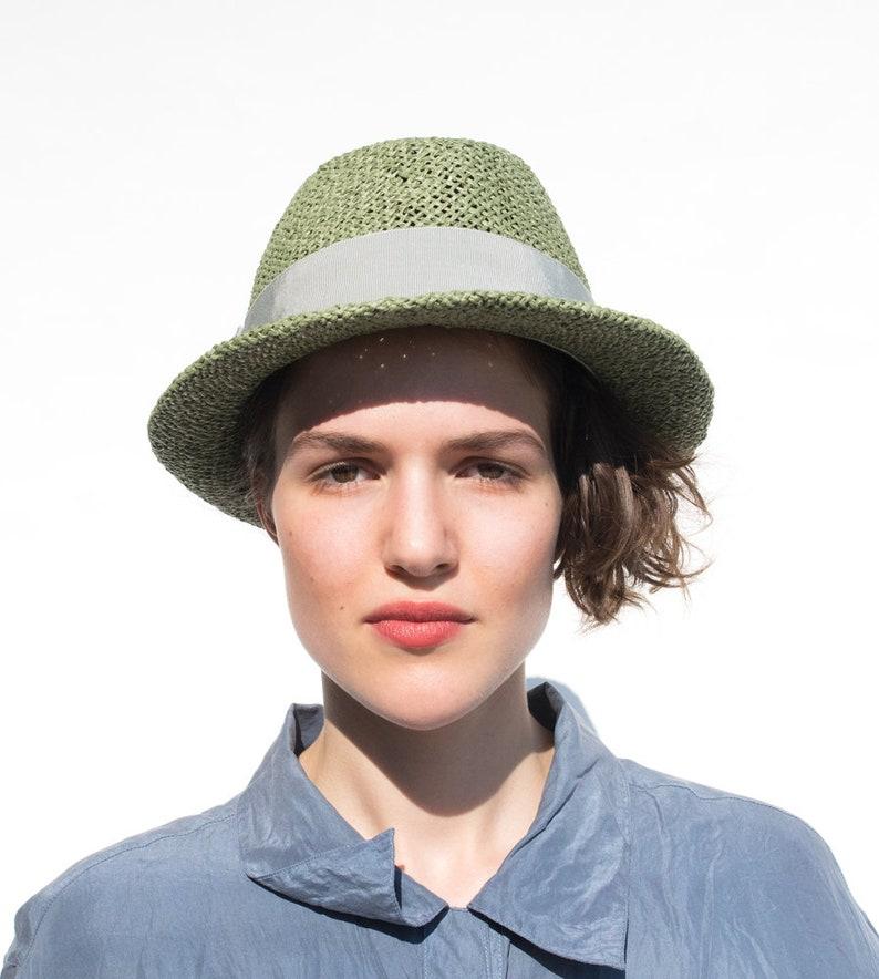 8ebde7422904e Fedora Women s  Men s summer straw hat sun hat
