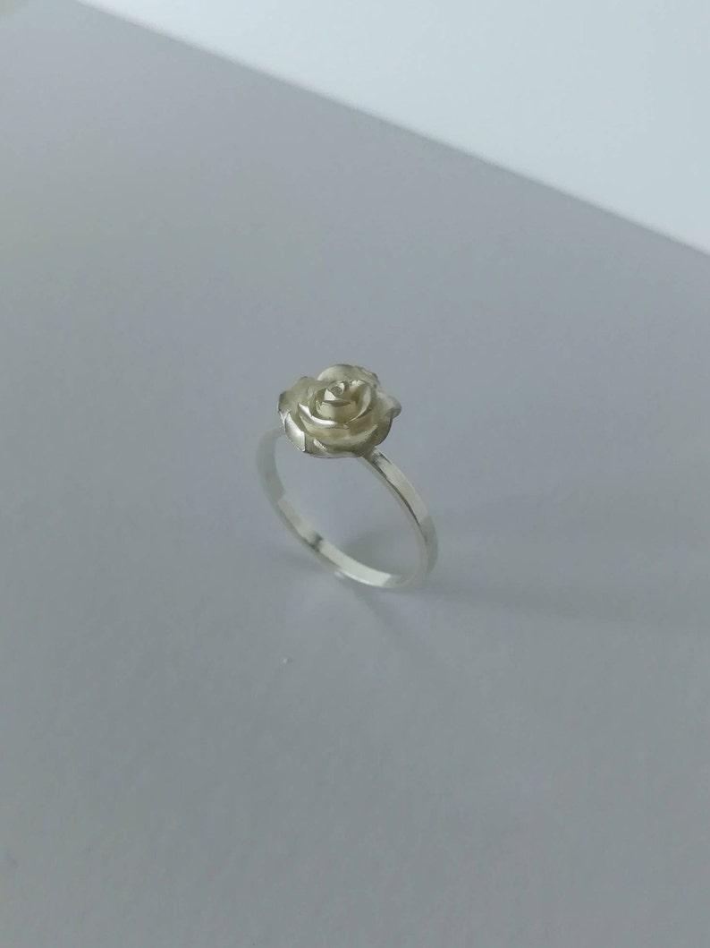 Image 0: Silver Rose Ring Wedding At Websimilar.org