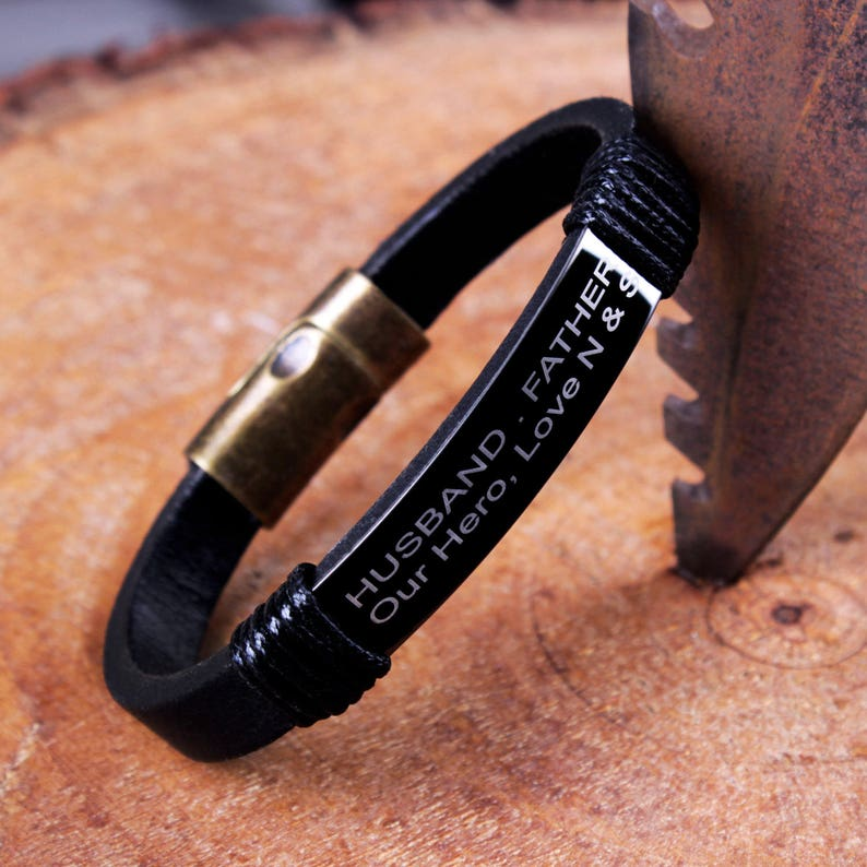 Engraved Dad Your Guiding Hand On My Shoulder Will Remain With Me Forever Leather Rope Bracelet For Fathers Day Gift Bracelets & Bangles