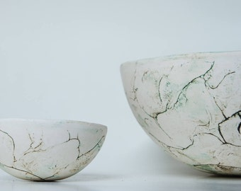 Bowl, handmade ceramics with green lines, musthave!