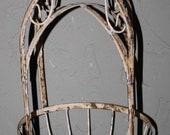 Rustic Hanging PLANTER Basket Antique Victorian Style Garden Plant Hanger WHITE