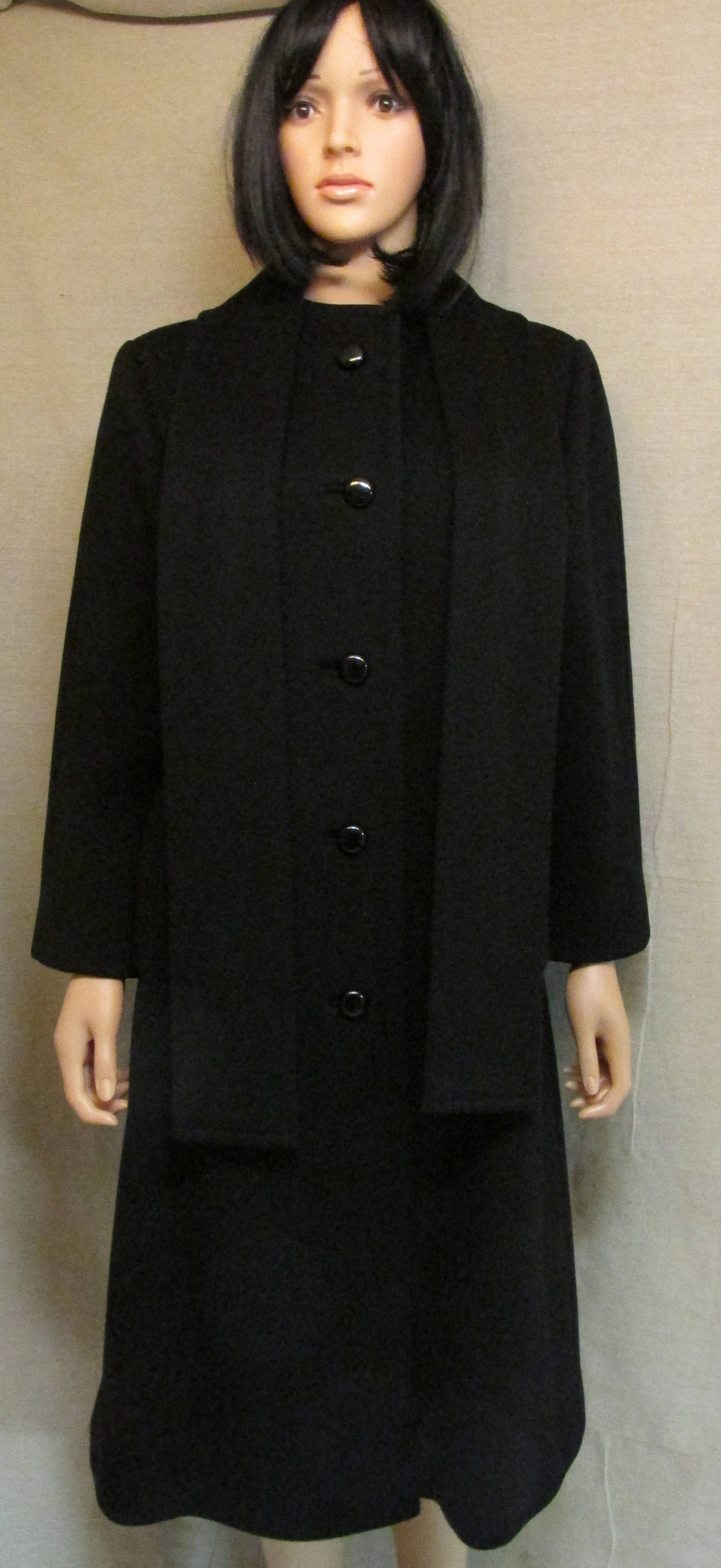 Vintage Scarf Styles -1920s to 1960s Vintage 1980s Sycamore Black Wool Dress Coat With Attached Scarf Size L Union Made Usa $0.00 AT vintagedancer.com