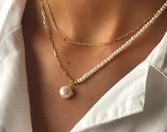 Noto Necklace . Pearl necklace. Silver necklaces. Chic style. Boho. Pearls. Mini-perlas. Mixed necklaces.