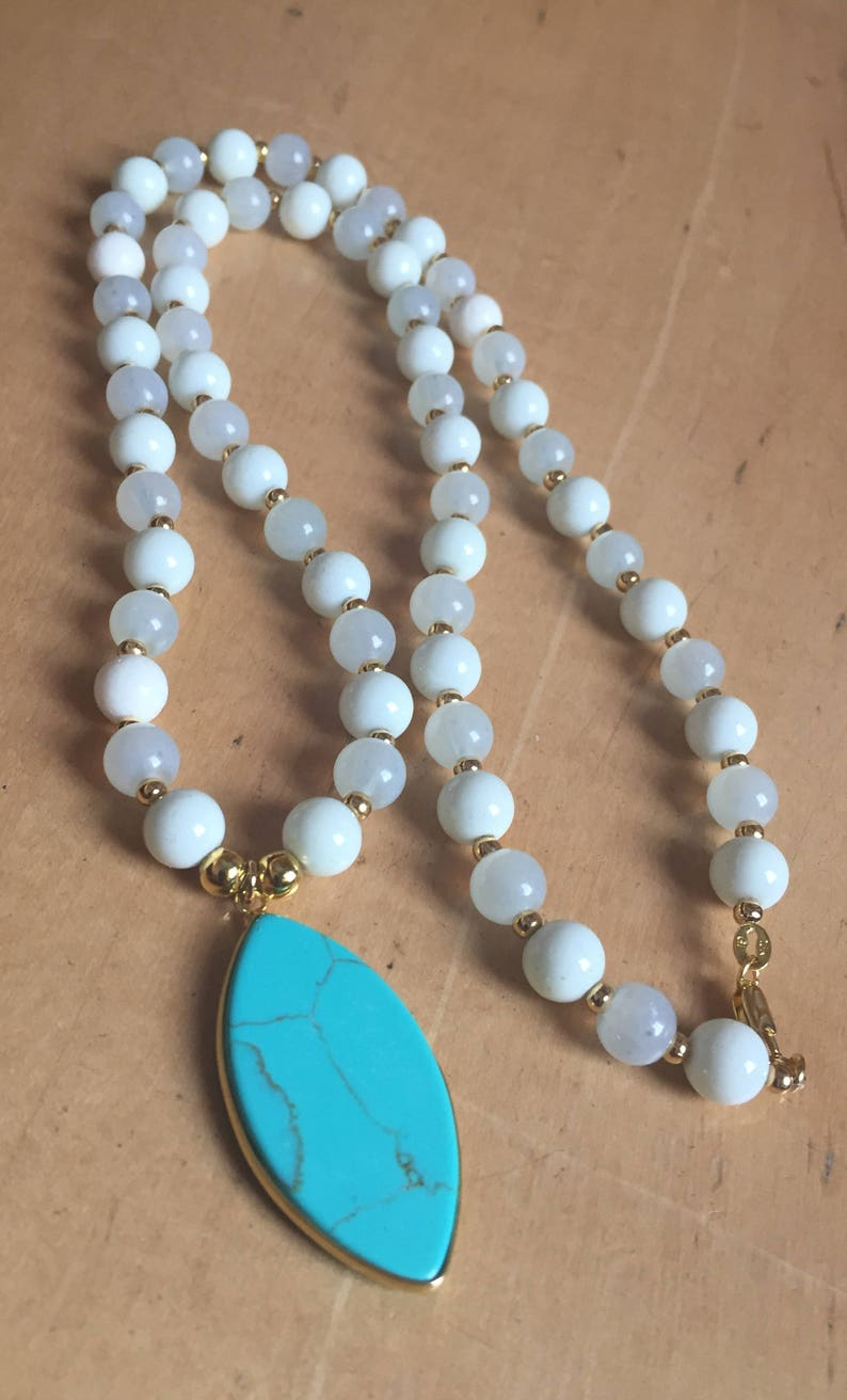 Necklaces Grey or White