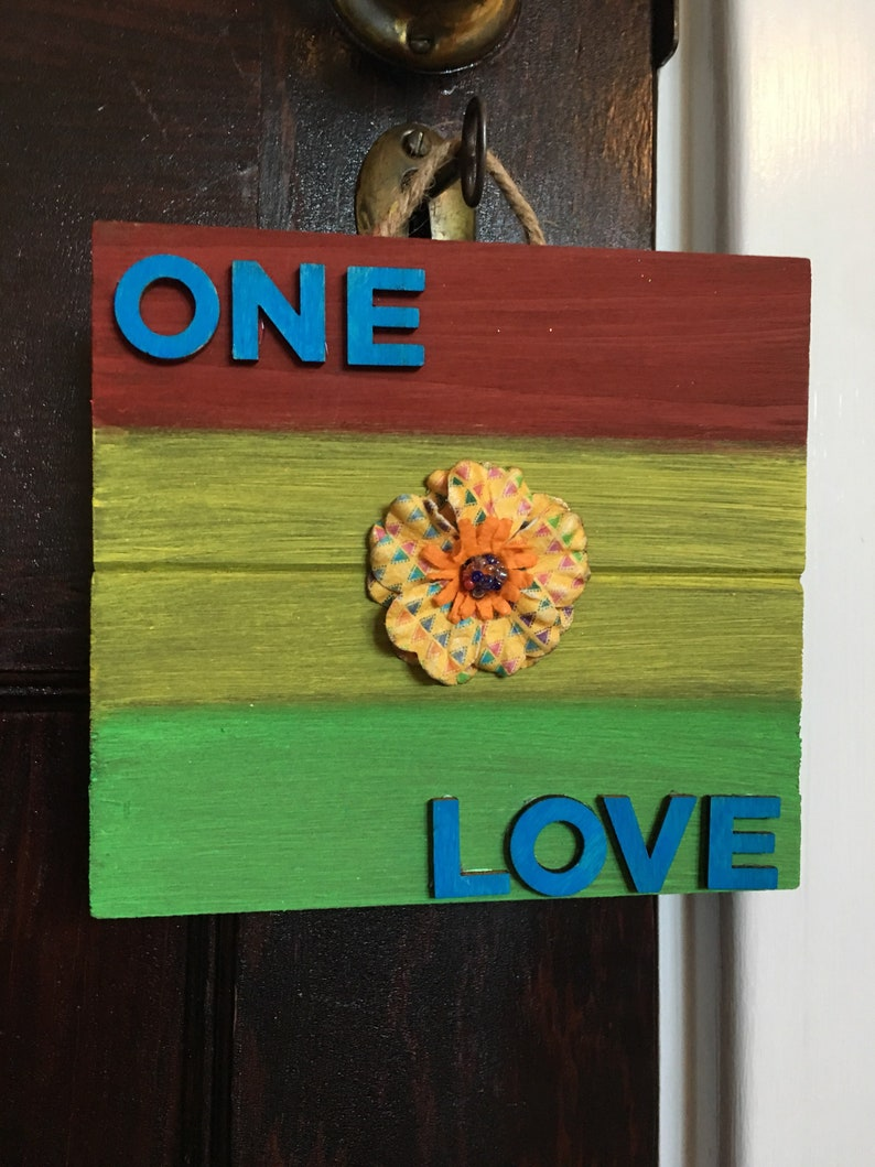 One Love Sign One Love Pallet Sign Rasta Colors Home Decor Etsy