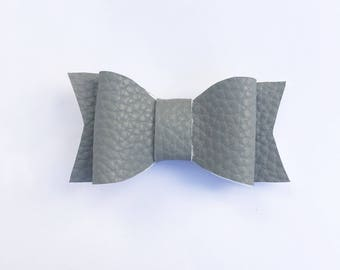 Grey bow, grey hair bow, hair bows, mybowcloset, hair accessories, bows