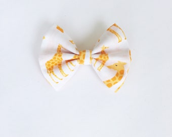 Giraffe hair bow, giraffe, animals,zoo, zoo animals,hair bows, mybowcloset, hair accessories