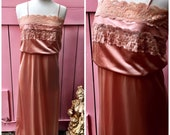 Vintage Long Lacey Peach ...
