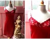 Vintage Vanity Fair Red N...