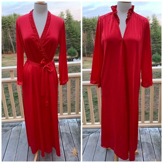 Vintage Vanity Fair 1970s Set Red Nightgown & Bath