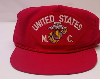e931f3039e6 Vintage 90 s Men s United States Marine Corps Military Patch Red Snap Back  Trucker Hat