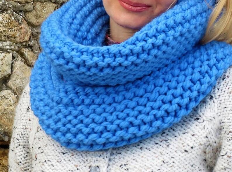 écharpe En Laine Mérinos Tricoter Grosse écharpe Foulard Bleu Etsy