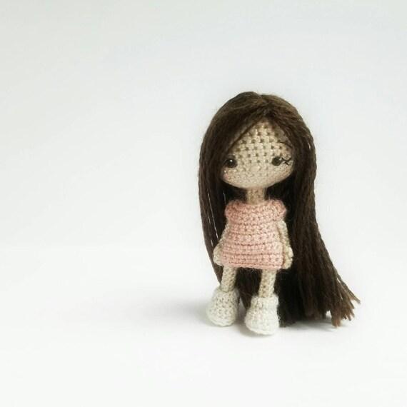 Patrón de crochet PDF en inglés muñeca amigurumi pequeño | Etsy