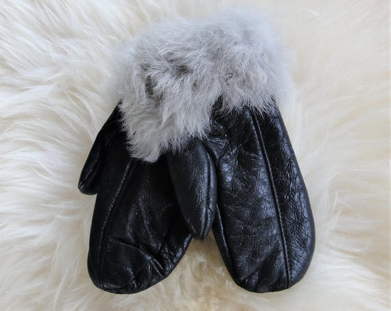 Winter sheepskin gloves. Genuine leather, natural fur. Unisex style. Winter gloves. Gloves & mittens.