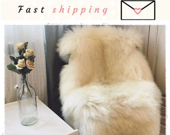 Very Big Bright Ivory Lambskin Rug. White sheepskin rug. Natural Sheepskin Pelt. Throw Rug. Christmas Gift. Genuine Sheepskin Throw.