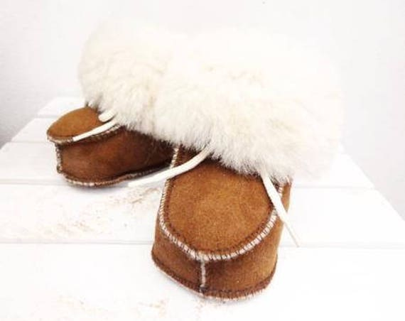 Real Sheepskin Baby Slippers. Genuine Leather & Soft Natural Fur. Leather Slippers For Babies. Genuine Sheepskin Booties for Babies.
