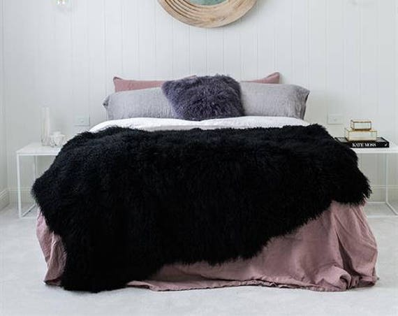 Natural Sheepskin Throw Blanket - Black/Burgundy/Brown/Gray/White