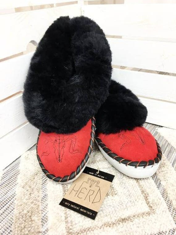 Black&Red Slippers. Genuine Leather and Wool. Warm Slippers. Natural Leather. Leather slippers. Comfortable Women's Slippers