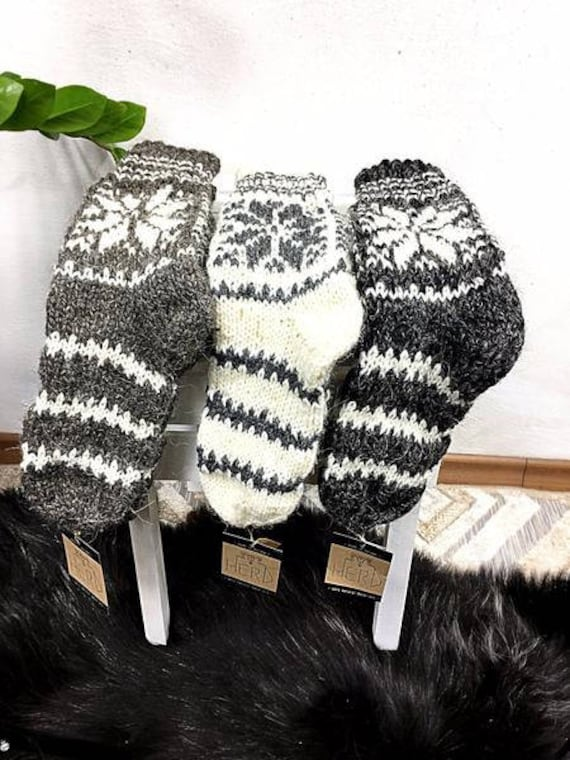 100% Real Wool Socks. Natural Wool Socks. Winter Pattern Socks. Warm Natural Wool Socks. Handmade Wool Socks For Adults